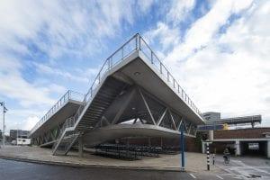Station Hengelo aanzicht fietsenstalling - Carl Stahl