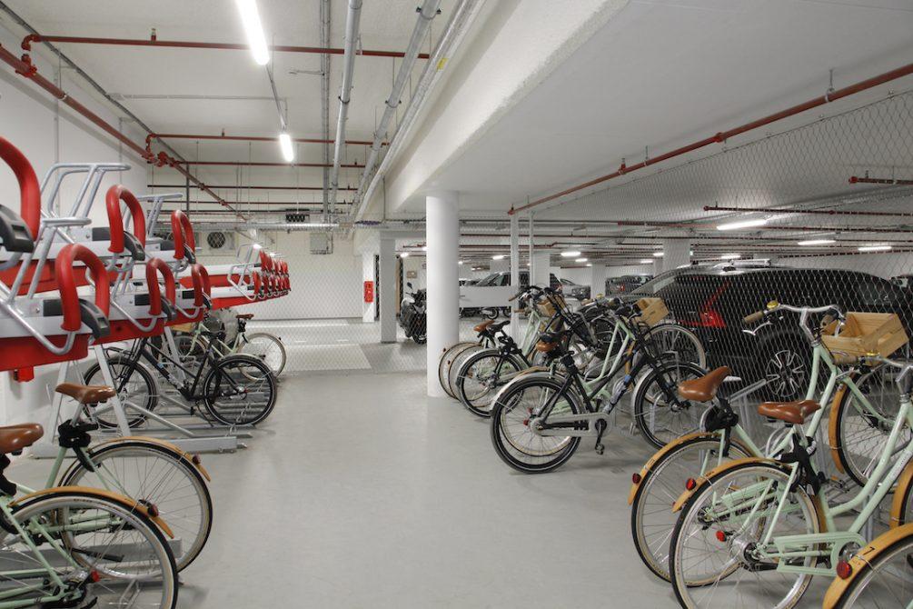 Hotel Jakarta fietsenstalling - Carl Stahl